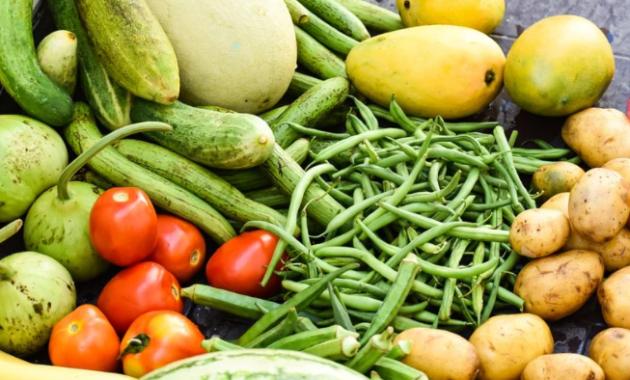 makanan-sayuran-burung-parkit